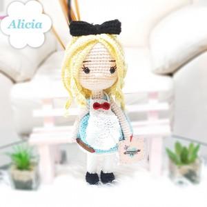 Muñeca Alicia - Amigurumi crochet - Regalo para niñas