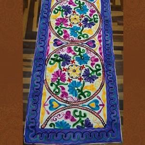 Caminos de Mesa con aplicaciones de tela y bordados - Estilo hindú