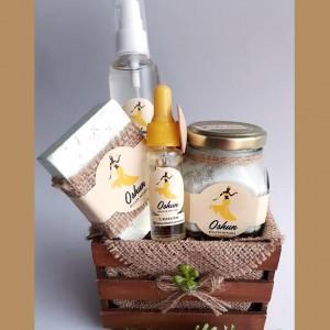 Jabón, Sales Exfoliantes Aromáticas, Aceite Hidratante Corporal y Serum Contorno Ojo