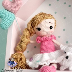 Cuadrito Nórdico con Muñeca - Amigurumi Crochet