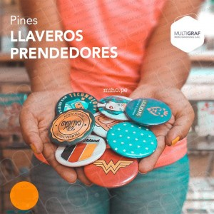 Pines Prendedores o Llaveros para impulsar tu negocio o eventos - Merchandising