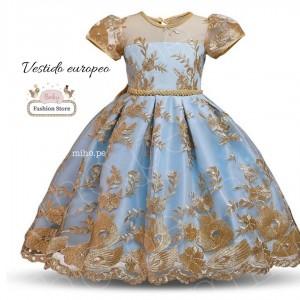 Vestido con lindos bordados dorados y satín color celeste - Talla 6