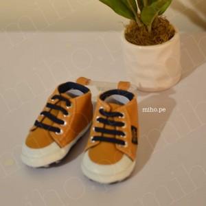 Zapatillas Naranjas Casuales - Ropa para bebés de 3 a 6 meses