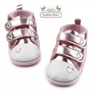 Zapatillas Corazón Rosa - Ropa para bebés de 3 a 6 meses