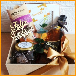 Box Regular Celebra Flor de Caña - Regalos Personalizados