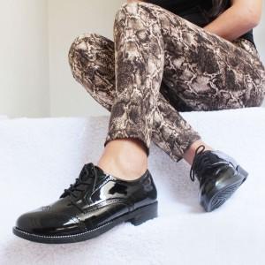 Zapatos Oxford Evy - Color Negro - Súper cómodas