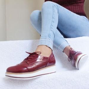 Zapatos Oxford Divine - Color Vino - Súper cómodas